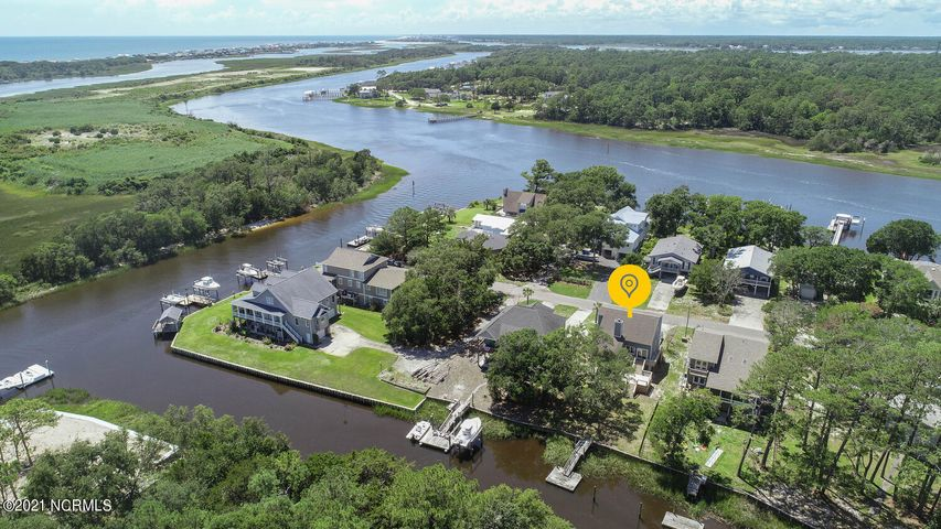 109 SW Yacht Drive, Oak Island, NC 28465