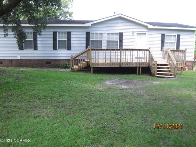120 Sweetwater Drive, Wilmington, NC 28411