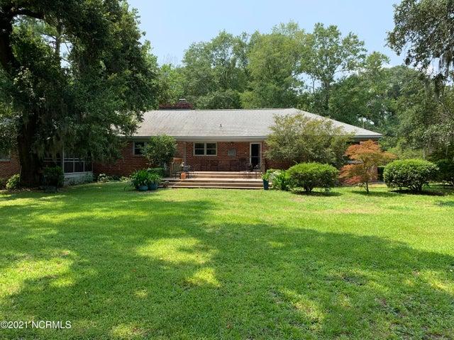 698 River Road, Belville, NC 28451