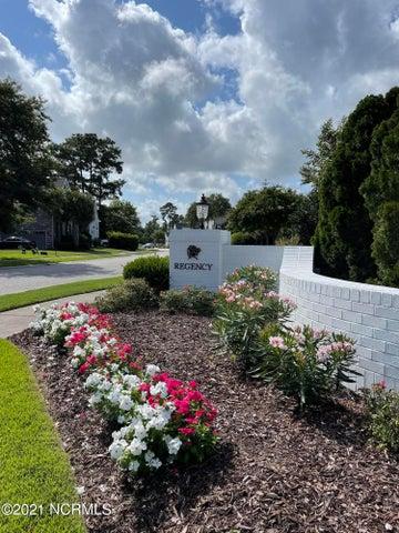 714 Bedminister Lane, Wilmington, NC 28405