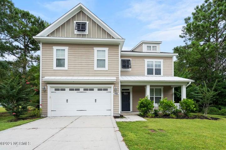 115 Saltwater Landing Drive, Hampstead, NC 28443