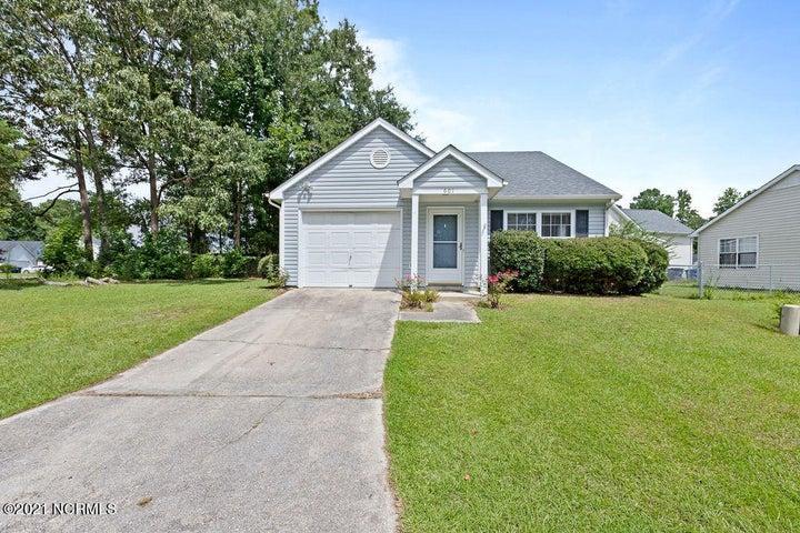 601 S Hampton Drive, Jacksonville, NC 28546