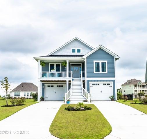 570 Moss Lake Lane, Holly Ridge, NC 28445
