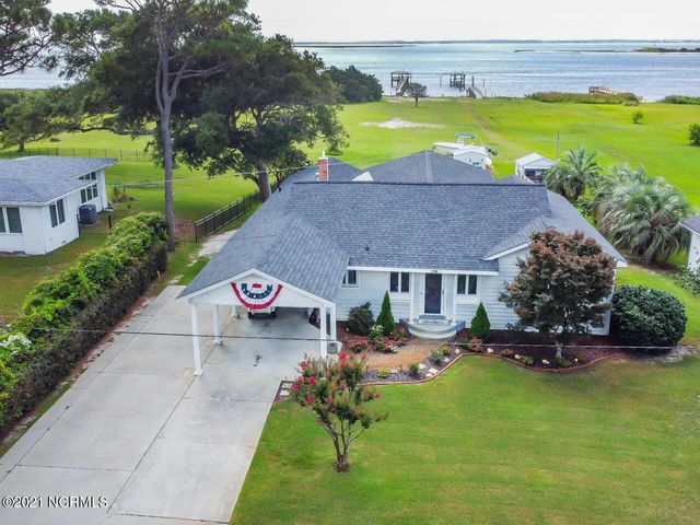 116 River Drive, Southport, NC 28461