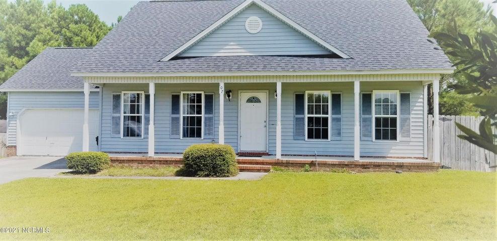 107 Baldwin Court, Jacksonville, NC 28546