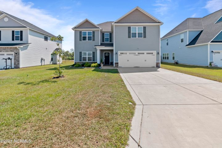605 High Tide Drive, Sneads Ferry, NC 28460