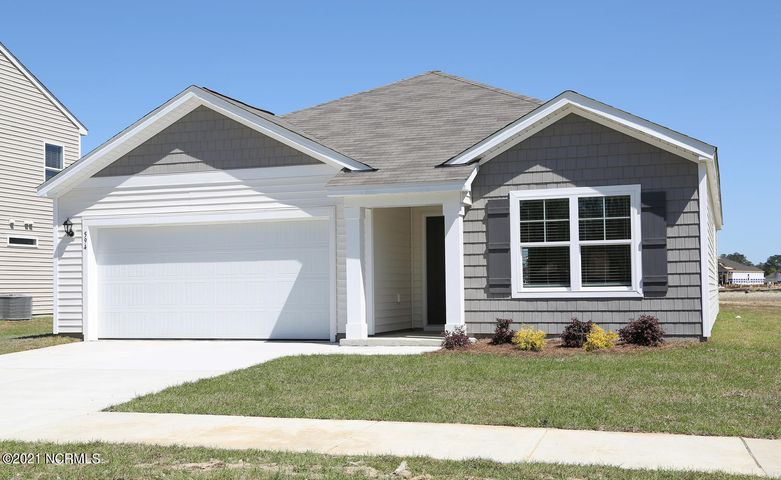 Sample home - Actual home is under construction and features, colors and options will vary from photo.