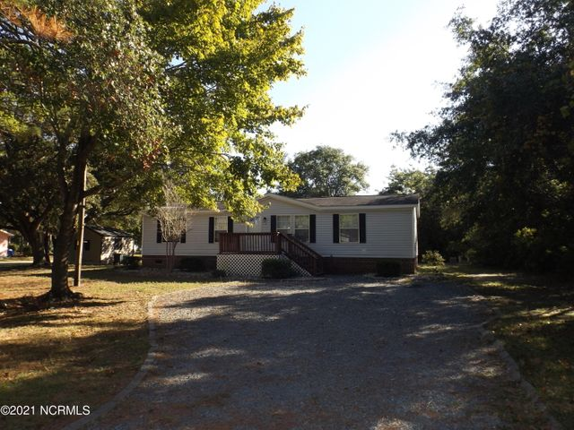 116 NE 65th Street, Oak Island, NC 28465