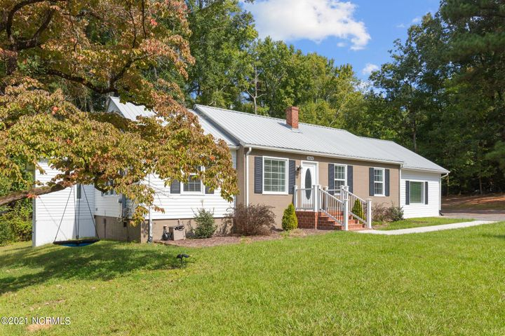 3628 Old River Road, Carthage, NC 28327