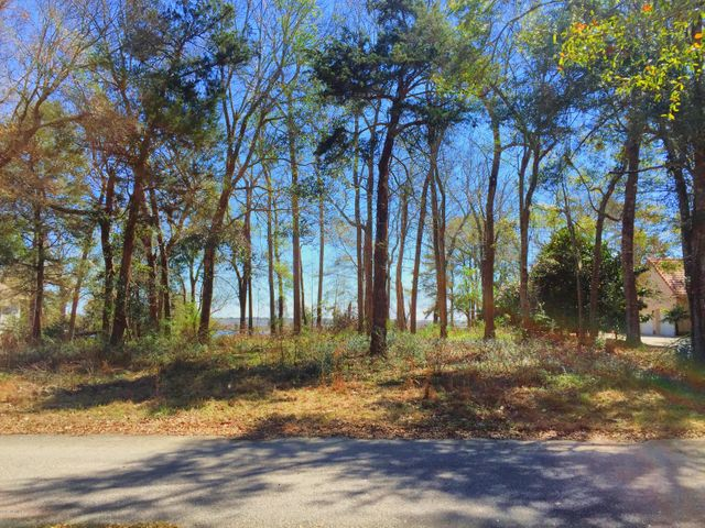 9241 Peakwood Drive SW