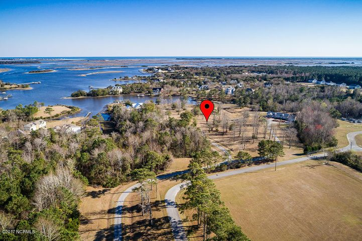 HOME TO THE SEA! The perfect site for your future. This 3.03 acre lot with over 200' on Fosters Creek in Swansboro has a view that must be experienced. Landscaping is courtesy of Mother Nature! Minutes from Intra-Coastal Waterway. 637 Old Hammock Rd. available; family or friend can build next door! This can be your place to drop anchor at $200,000