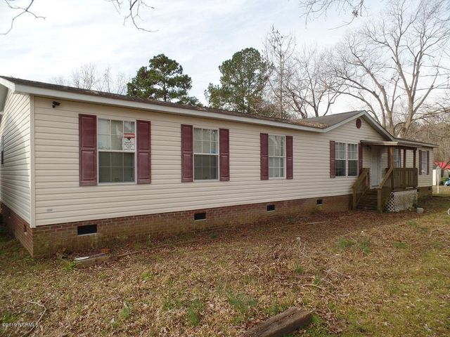 403 N Martin Luther King Street, Rowland, NC 28383