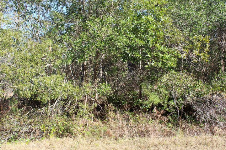 Lot in Ocean Aire Estates great for modular or manufactured home just minutes from Ocean Isle Beach, near to Shallotte and neighborhood grocery stores.