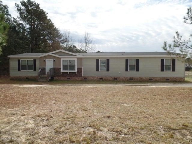 353 Sandy Grove Road, Parkton, NC 28371