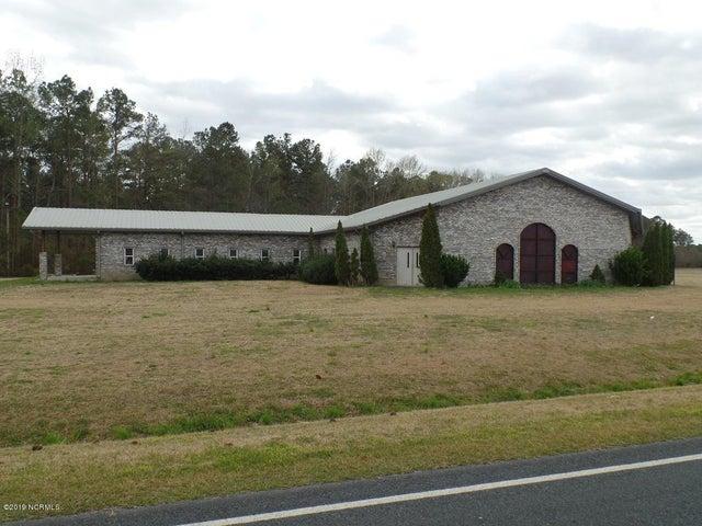 8237 Lisbon Road, Clarkton, NC 28433
