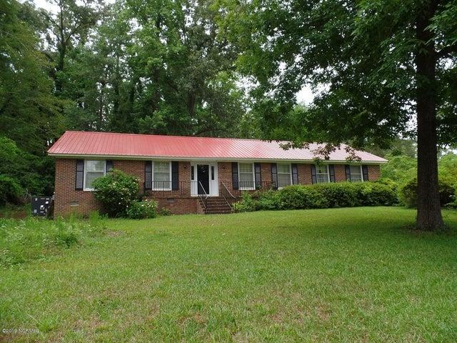 1900 Winding Creek Road, Elizabethtown, NC 28337