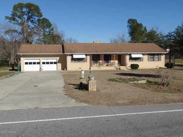 1072 Nc Highway 211 W, Clarkton, NC 28433