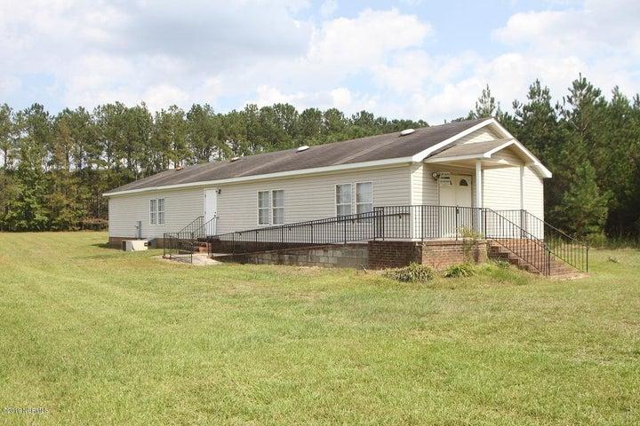 1645 Harrelson Road, Clarkton, NC 28433