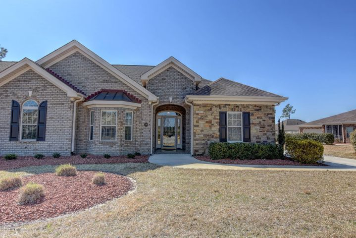 Lovely brick townhome in Ashwood!