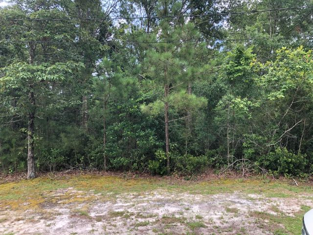 Wonderful lot in the gated community of Chadwick Shores. This lot is perfect to build your new home and enjoy living close to the water. Septic permit on file with the county. Permit was approved without expiration. Buyer and buyers agent to confirm.