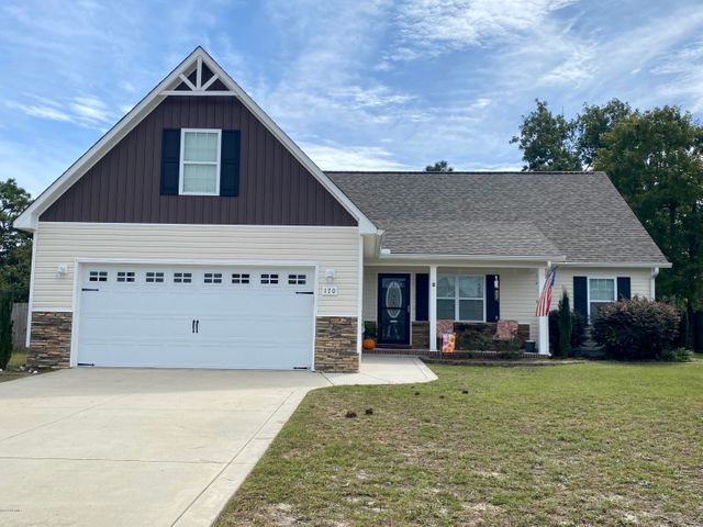 Welcome to the neighborhood! This beautiful home in Sagewood is ideally located within minutes of shopping, restuarants, and the back gate of Camp Lejeune. When you enter the front door, you will notice vaulted ceilings, a fireplace and plenty of space for entertaining.  The Master Suite is located just off to the right of the living area. Within the master, you'll find a full bathroom and a TRUE walk-in closet!  On the other end of the home, you will find 2 guest rooms and another full bath.  For added space, head on upstairs to the bonus room, perfect for an office, extra bedroom, or entertaining space.  Out back, you will find a patio and large fenced in backyard. Seller is offering a $3000 flooring allowance! Oh and don't forget about the community pool!! Perfect for cooling off in the summer!**Tenant Occupied until 05/21**