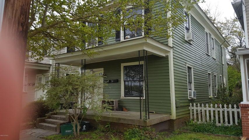 1209 N Craven Street, New Bern, NC 28560