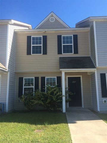Nestled a short distance to the area beaches and a short drive to the Hubert gate to Camp Lejeune you will find this beautiful Town home. Walk into new flooring and new paint. The large living room with ceiling fan transitions beautifully to a eat in kitchen. This home has 2 bathrooms upstairs as well as a half bath down stairs.