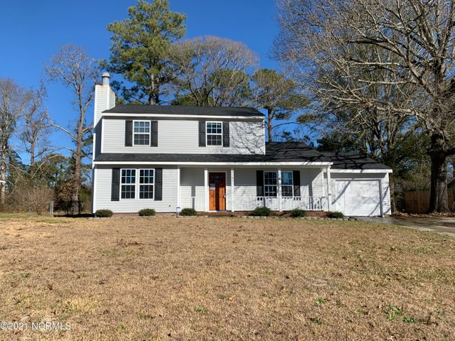 This 3 bedroom, 2.5 baths has an extra bonus room; a formal dining room; and a den with a fireplace.  The back porch has been enclosed that could be used for a recreation room.   Larged fenced backyard for entertaining.Conveniently located near Camp Lejune and shopping.