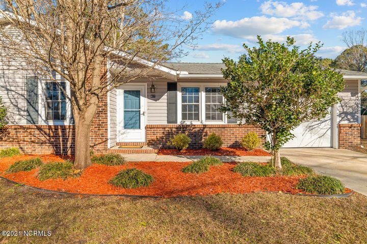 Welcome Home to this  3 Bedrooms, 1.5 Bath home which sits on a corner lot in the Kenwood subdivision. Home offers large fenced in yard. Heat pump was replaced 3 years ago Close to Camp Lejeune, Marine Corps Air Station and the beautiful beaches of Topsail Island! Schedule Your Showing Today & WELCOME HOME!!!