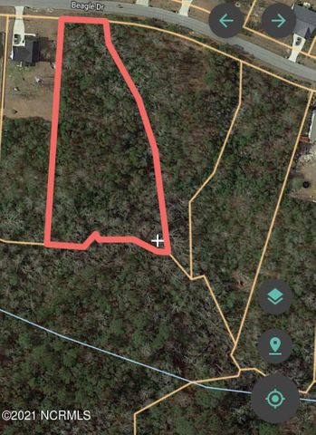 Beautiful woodlands in a active neighborhood. You can enjoy the sounds of nature and plenty different animals. Come walk the land and decide where to place the house of your dreams. If you want to hold on to country living, but also enjoy a neighborhood this parcel is for you!
