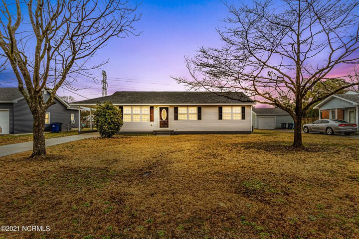 Renovated to Perfection! This 3 bedroom, 1 bath home is practically new from head to toe and within budget! Brand new roof, new floors, new kitchen with stainless steel appliances, new hot water heater, new light fixtures and much more! You will not see another home like it! Grab it before its gone!