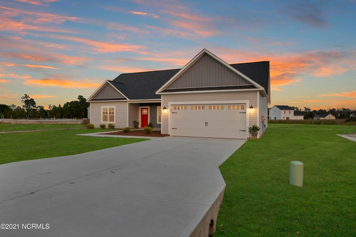 Welcome to the all new Granby at The Highlands at Queens Creek by Holbrook Homes. With over 1900 heated square feet, this home features some of the best upgrades around! Loaded from top to bottom with fine details, this home has a great living room, large kitchen with a breakfast area, and 3 large bedrooms and a bonus room. You'll be sure to be impressed with the beautiful granite/quartz (varies per plan) countertops, custom cabinetry, recessed lighting, and crown molding. Priced to sell quickly, and with the builder's buyer allowance of $5000, this one won't last long! The Highlands at Queens Creek features a community pool, playground, basketball court and recreational area! Minutes from Camp Lejeune, area beaches, and the quaint coastal city of Swansboro.