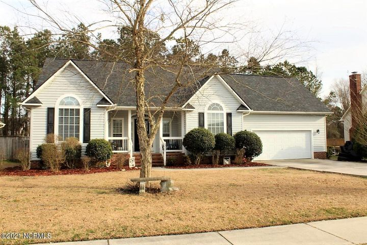 You will not want to miss this great home in the very popular neighborhood of Williamsburg Plantation!  If you have a passion for entertaining this 3 bedroom 3 bathroom home will not disappoint! Walking in you'll notice the spacious foyer open to inviting living room with a stone fireplace. The kitchen has plenty of cabinet space and seating area at the island! Don't forget the custom touches this home already has! Barn doors to the formal dining room, accent tile in the hall bath and the cutest laundry area you'll ever see! The master bedroom has a spacious closet.  The master bath is stunning, no builder grade cabinets here! Upstairs you'll find a large bonus room with it's own full bathroom. Now to the heart of the home, the salt water inground  pool in the backyard! Your home will be the perfect summer hang out for family and friends. This backyard seems like the perfectly private oasis. To top it off for your convenience a generator will convey with the purchase of this home. Seller is offering a $2,000 flooring allowance since we are aware the home has been pet friendly. Call today to make this awesome home your own just in time for warmer weather.
