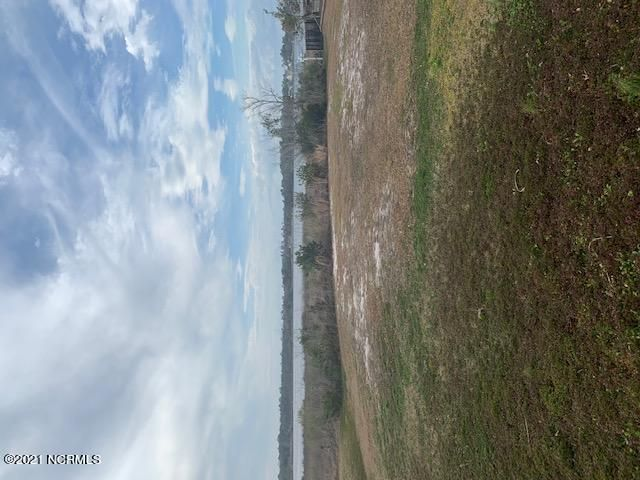 Beautiful water front lot for sale in a awesome neighborhood!  Buy now and build later or we can build for you!