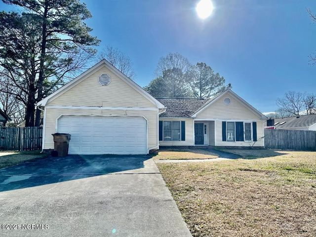 Look no further! this home features 3 bedrooms, 2 full baths, formal dining area, fenced yard, garage, no HOA, No city tax and close to everything. Call to schedule a private tour of home.