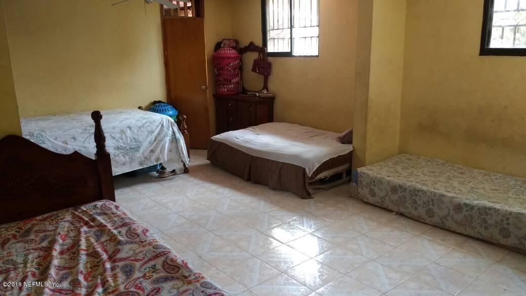 7 IMPASSE BERTHO, RUE GERMAINE, PORT-AU-PRINCE, N/A HT6311, 8 Bedrooms Bedrooms, ,3 BathroomsBathrooms,Residential - single family,For sale,IMPASSE BERTHO, RUE GERMAINE,931073