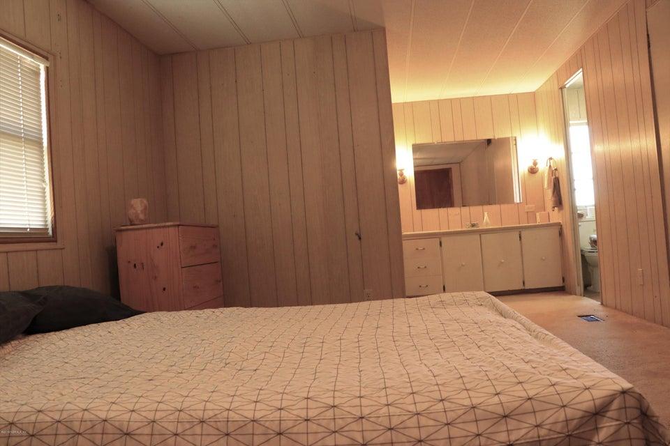 104 LITTLE ORANGE LAKE, HAWTHORNE, FLORIDA 32640, 3 Bedrooms Bedrooms, ,2 BathroomsBathrooms,Residential - mobile home,For sale,LITTLE ORANGE LAKE,935576