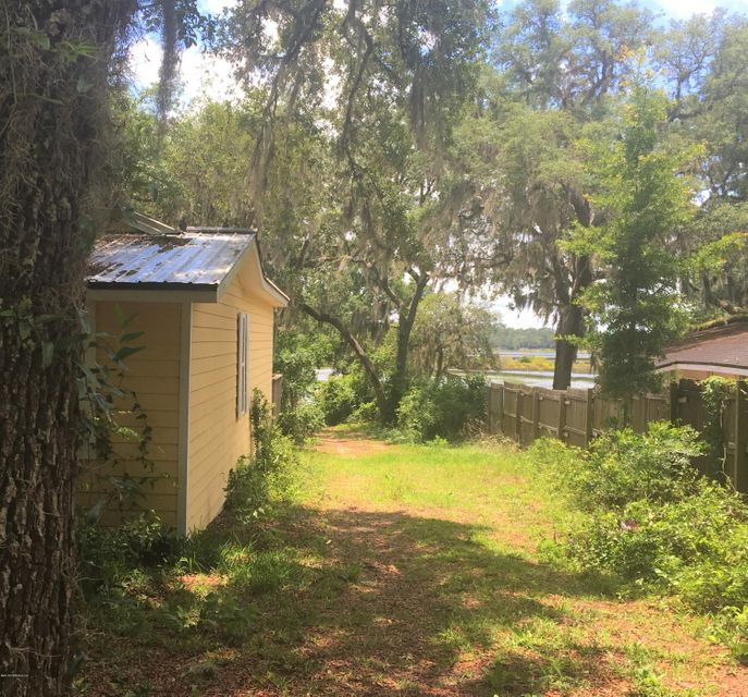 5927 WHITE SANDS, KEYSTONE HEIGHTS, FLORIDA 32656, 3 Bedrooms Bedrooms, ,2 BathroomsBathrooms,Residential - single family,For sale,WHITE SANDS,939007