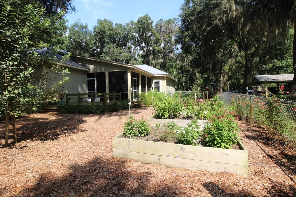 1043 COUNTY ROAD 21B, MELROSE, FLORIDA 32666, 3 Bedrooms Bedrooms, ,2 BathroomsBathrooms,Residential - single family,For sale,COUNTY ROAD 21B,947278