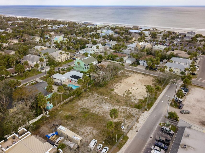 321 AHERN, ATLANTIC BEACH, FLORIDA 32233, 3 Bedrooms Bedrooms, ,2 BathroomsBathrooms,Residential - townhome,For sale,AHERN,949811
