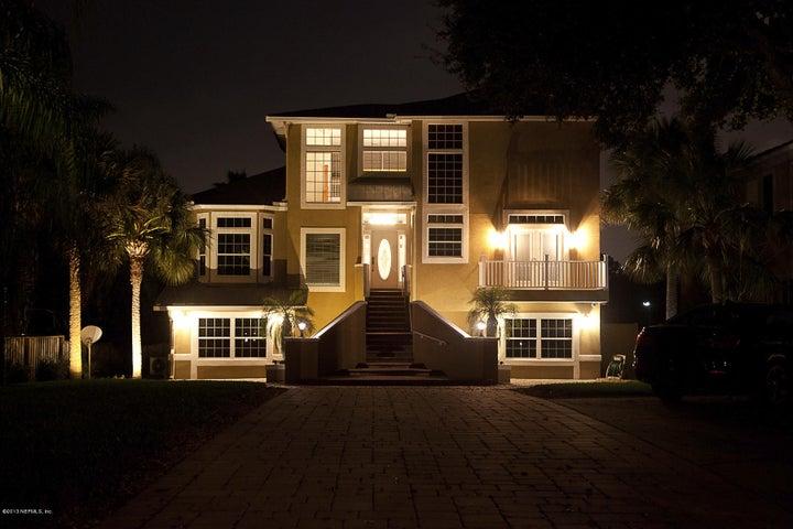 st-nicholas-real-estate |  1270 Mayfair RD