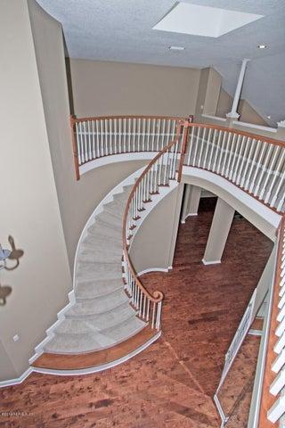 hampton-glen-real-estate |  8509 HUNTERS CREEK DR North