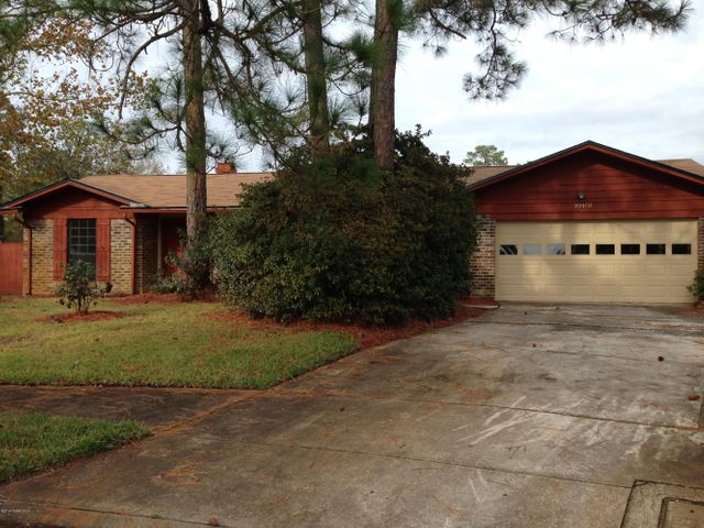 arrowhead-forest-real-estate |  10401 INDIAN WALK RD