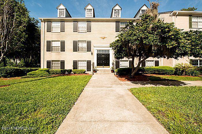 golfview-condominium |  4301 PLAZA GATE LN South 202