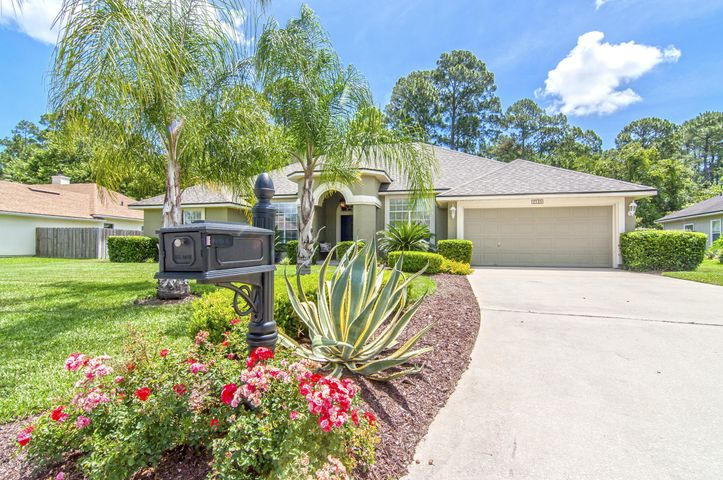 the-woods-real-estate |  2535 East BEAUTYBERRY CIR