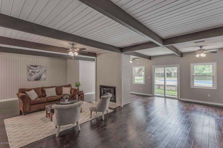 lakewood-real-estate |  2266 LARIDA LN