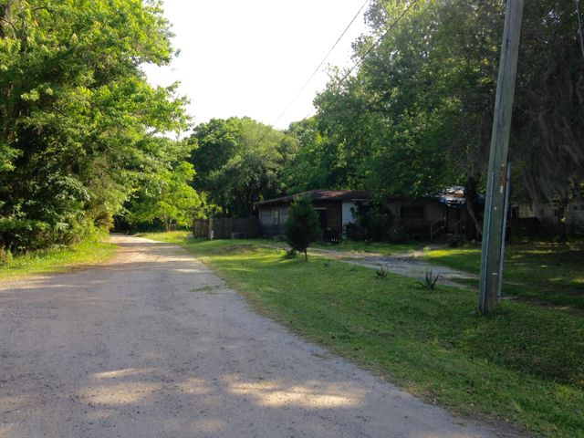 Dirt road to side of property