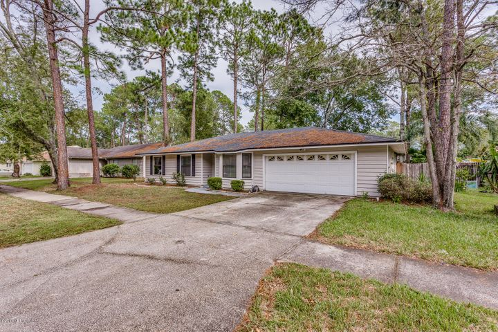arrowhead-forest-real-estate |  10229 INDIAN PRINCESS RD West