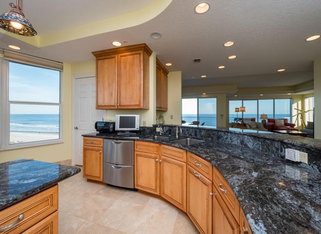 the-oceanic-condo |  205 South 1ST ST 701