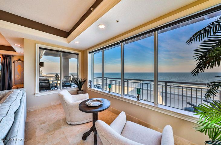 the-oceanic-condo |  205 1ST ST South 601